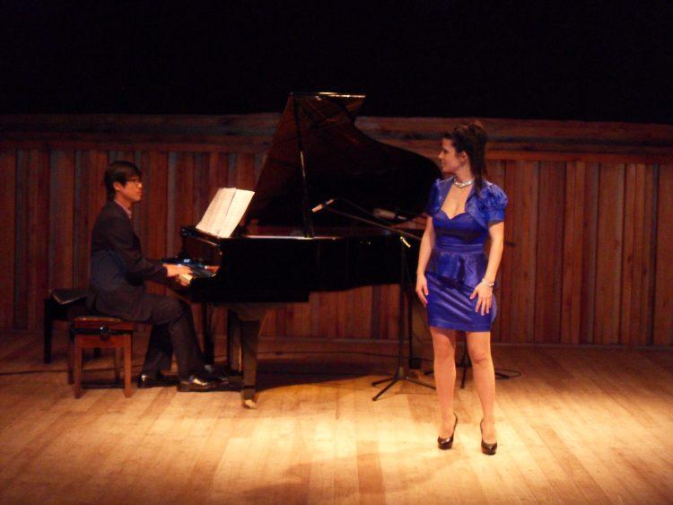 Alicia Martínez sopran with Alejandro Sung hyun Cho (Piano)